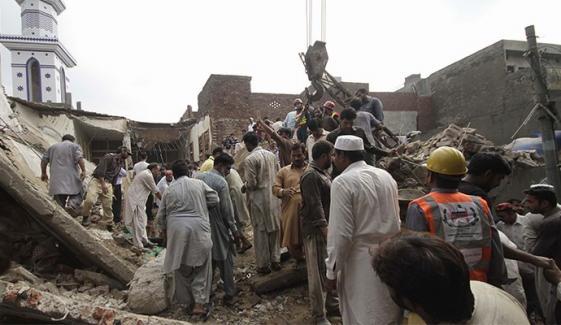 لاہور: زیر تعمیر مسجد کا گنبد گرنے سے 3 مزدور جاں بحق، 9زخمی