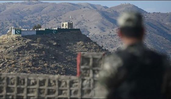 افغانستان کی حدود سے پاکستانی حدود میں 5 راکٹ فائر، بچہ شہید