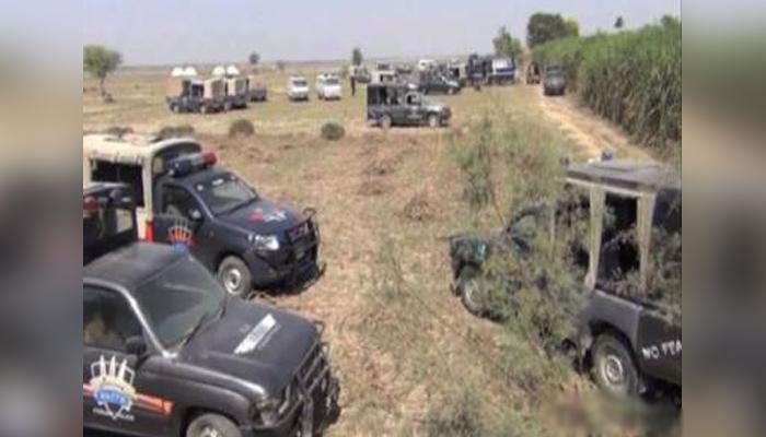 راجن پور: پولیس اور ضلعی انتظامیہ کی قبضہ مافیا کیخلاف کارروائی