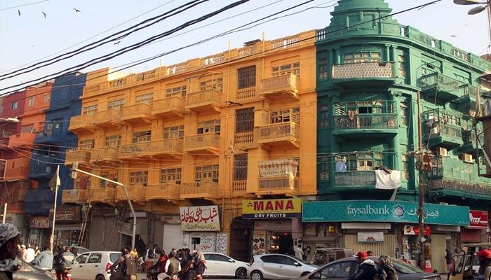 کراچی: تاریخی عمارتوں پر رنگ سندھ ثقافتی ورثہ ایکٹ کی خلاف ورزی قرار