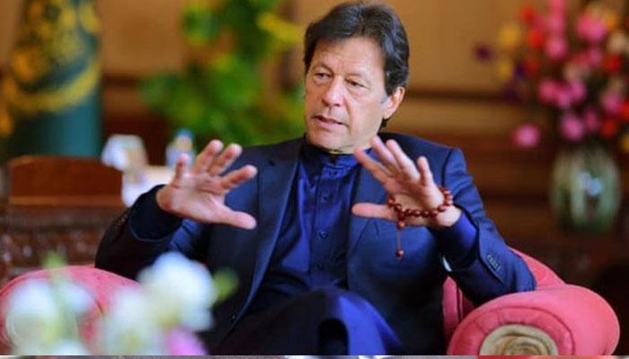 وزیر اعظم عمران خان نے وزیراعلیٰ محمود خان، گورنر شاہ سلمان اور عاطف خان کی صلح کرا دی