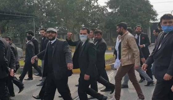 اسلام آباد ہائیکورٹ حملہ کیس، تحقیقات کیلئے جے آئی ٹی تشکیل دے دی گئی