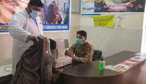 پاک آرمی کی جانب سے چولستان میں میڈیکل کیمپ کا انعقاد