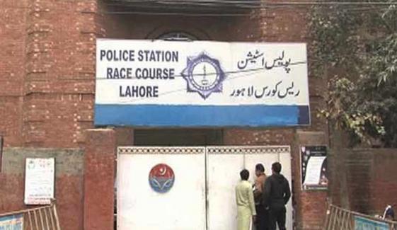 لاہور، 2غیر ملکیوں کو جھانسہ دے کر لوٹ لیا گیا