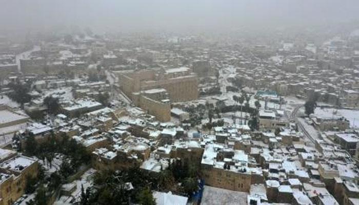 فلسطین: مغربی کنارے میں سالوں بعد برف باری، ہر جانب سفیدی چھا گئی