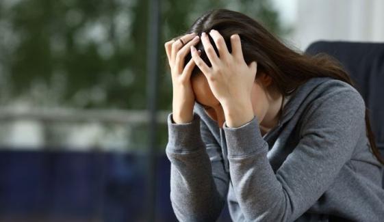 امریکی طلبہ میں ڈپریشن بڑھنے لگا، رپورٹ