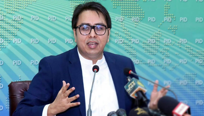 عوام نے عمران خان کو ووٹ دے کر ووٹ کو عزت دی، شہبازگِل