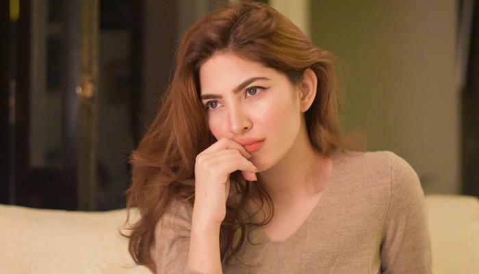 نیمل خاور خان کی خوبصورت تصویر وائرل