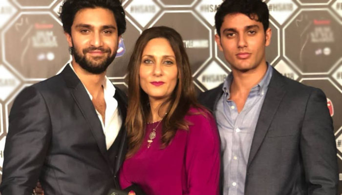 آصف رضا میر کی اہلیہ نے چھوٹے بیٹے کیلئے رشتہ ڈھونڈنا شروع کردیا