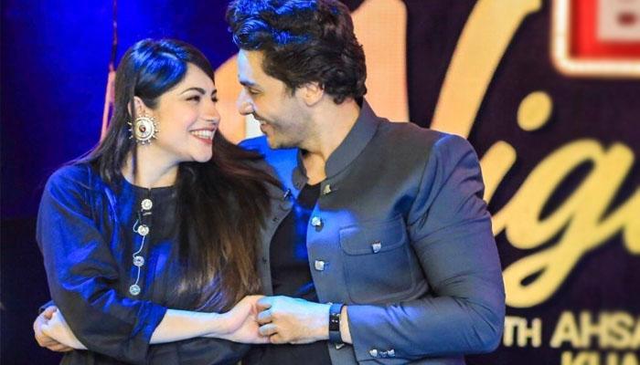 نیم منیر نے احسن خان کو 'خاوند' کہہ دیا