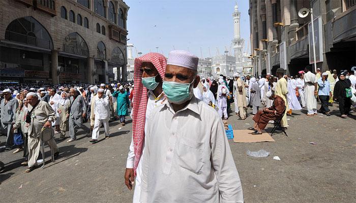 سعودی عرب: کورونا کیسز، بند کی گئی 108 مساجد کھول دی گئیں