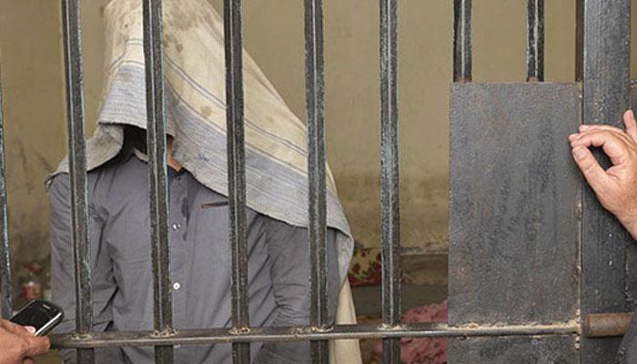 لاہور، غیرت کے نام پر باپ کے ہاتھوں بیٹی قتل