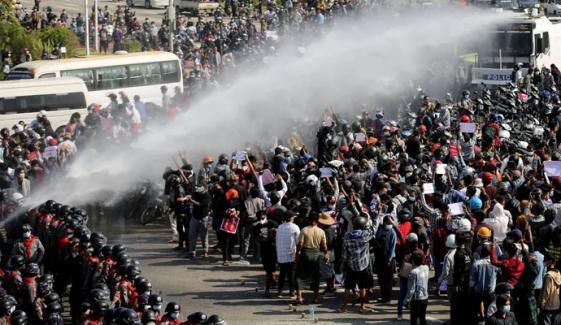 میانمار: فوجی بغاوت کیخلاف احتجاج ، 3 افراد ہلاک
