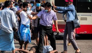 میانمار کے مختلف شہروں میں فوجی بغاوت کے خلاف احتجاجی ریلیاں اور مظاہرے