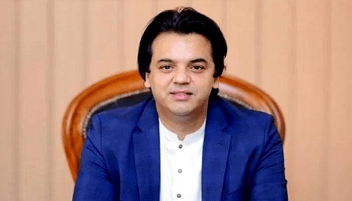 الیکشن کمیشن کا فیصلہ غیرقانونی ہے، عثمان ڈار