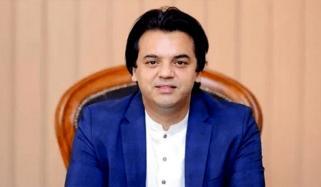 الیکشن کمیشن کا فیصلہ غیر قانونی ہے، عثمان ڈار
