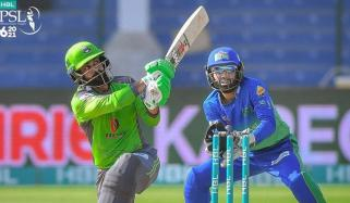 لاہور قلندرز کا ملتان سلطانز کو جیت کے لیے 158 رنز کا ہدف
