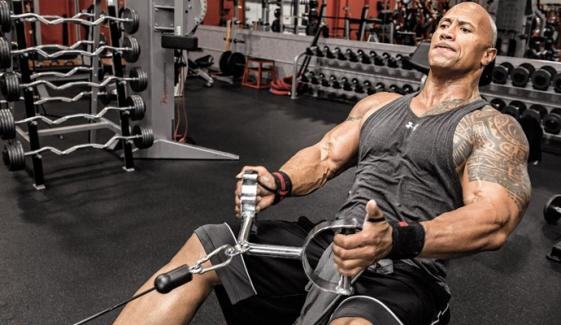 ڈوین جانسن ورزش کے بعد کیا کھاتے پیتے ہیں؟