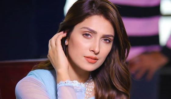فلموں میں کام کرنے سے زیادہ گھر پر رہنا پسند ہے، عائزہ خان