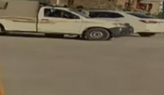 سینیٹ امیدوار عباس آفریدی کے پشاور میں گودام پر پولیس کا چھاپہ