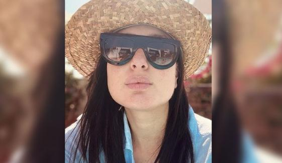 بچے کی پیدائش کے بعد کرینہ کپور پھر سوشل میڈیا پر سرگرم