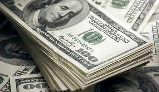 انٹربینک میں ڈالر کی قدر میں 7 پیسے کی کمی