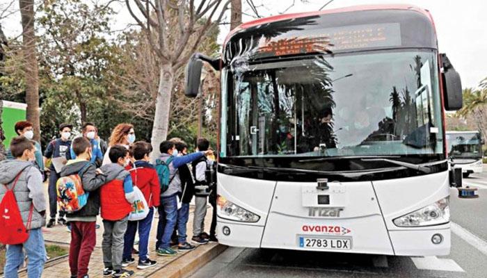 اسپین :خودکار طریقے سے چلنے والی پہلی بس متعارف