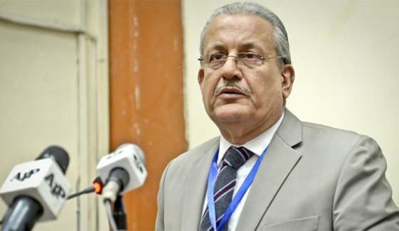 حکومتی وفد کی الیکشن کمشنر سے ملاقات دباؤ ڈالنا ہے، رضا ربانی