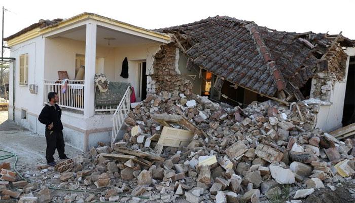 یونان میں شدید زلزلہ، متعدد رہائشی اور اسکول کی عمارتوں کو نقصان