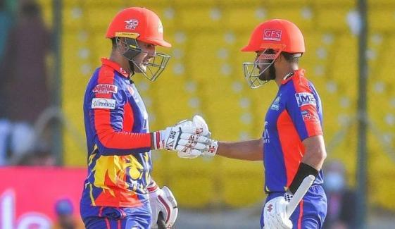 کراچی کنگز نے پشاور زلمی کو 6 وکٹوں سے شکست دے دی