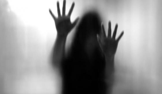 پشاور میں ڈانسر کو پارٹی میں بلاکر تشدد کا نشانہ بنایا گیا ، 10 ملزمان گرفتار