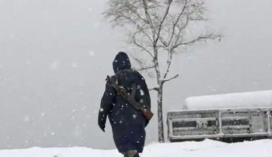 افغانستان میں برفانی تودہ مکانات پر گر گیا، 14 افراد ہلاک