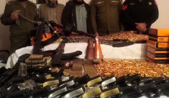 لاہور میں ناجائز اسلحہ فیکٹری پر چھاپہ، 3 افراد گرفتار