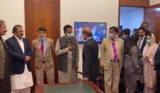 لانگ مارچ، مسلم لیگ (ن) کا مشاورتی اجلاس آج ہوگا