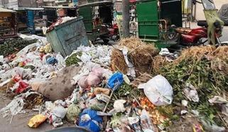 لاہور میں گندگی اور کچرے کے ڈھیر، شہری پریشان