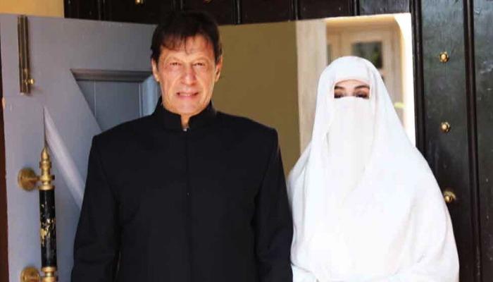عمران خان کی بشریٰ بی بی کو ویمن ڈے کی مبارکباد