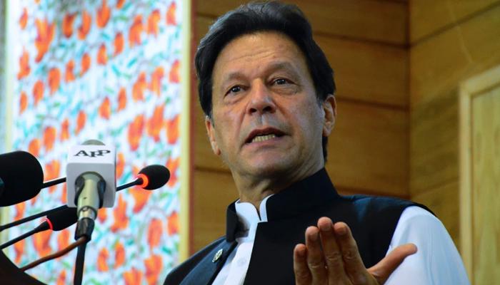 زرداری کرپشن کے پیسے سے لوگوں کو خریدتا ہے، عمران خان