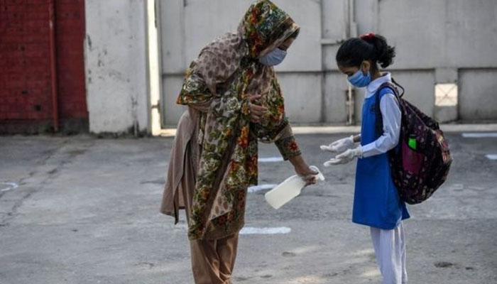 گجرات، 15مارچ سے دو ہفتے کیلئے تعلیمی ادارے بندکرنے کا اعلان