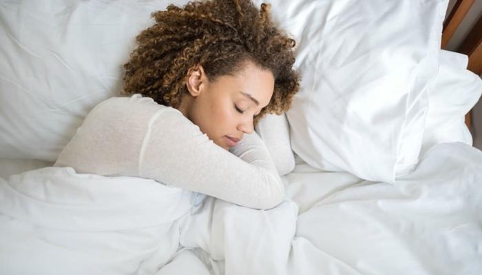 پرسکون نیند دماغ پر صدمات کے منفی اثرات کم کر سکتی ہے
