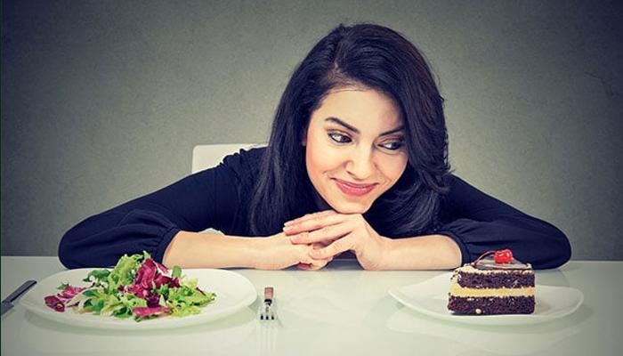 ڈائیٹنگ کے دوران من پسند غذا کا استعمال کیسا ہے؟