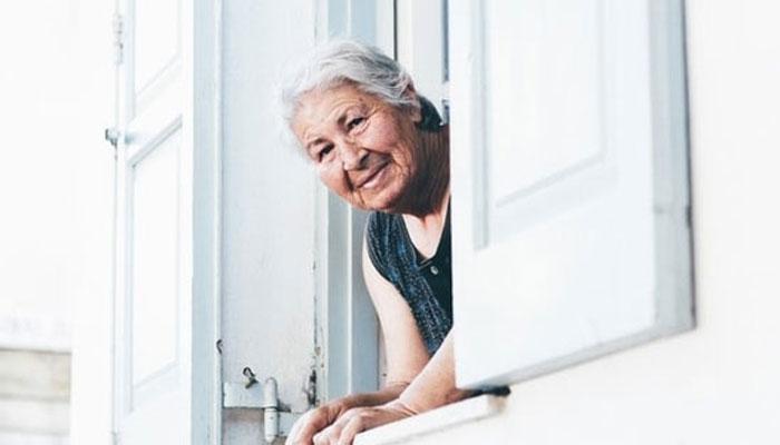 کورونا لاک ڈائون، قوت سماعت سے محروم بزرگ ڈپریشن اور تنہائی کا شکار ہوئے، تحقیق