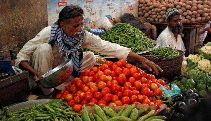 مہنگائی کی ہفتہ وار رپورٹ، ٹماٹر سمیت 22 اشیاء کی قیمتیں بڑھ گئیں