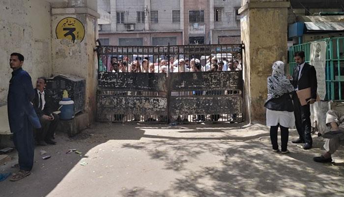 کراچی بار کے اعلان پر سٹی کورٹ میں مکمل ہڑتال