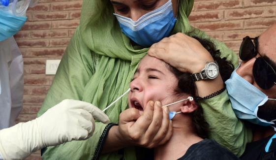 اسلام آباد میں کورونا وائرس کے بچوں پر بھی وار