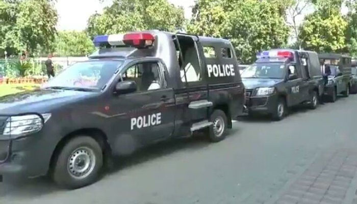 بورے والا: پولیس کی زیرِ حراست ڈاکو اپنے ہی ساتھیوں کی فائرنگ سے ہلاک