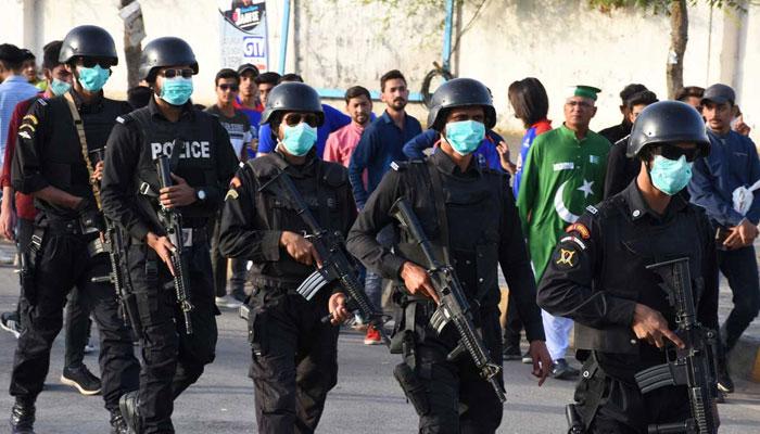 سندھ پولیس میں 5 روز میں کورونا کے 17 کیسز رپورٹ