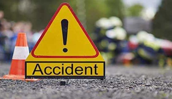 کراچی، ایم نائن موٹروے پر حادثہ، بچی سمیت 2 افراد جاں بحق