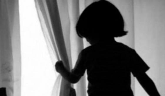 کوہاٹ میں 4 سالہ بچی کے قاتلوں کو گرفتار کرنے میں پولیس ناکام