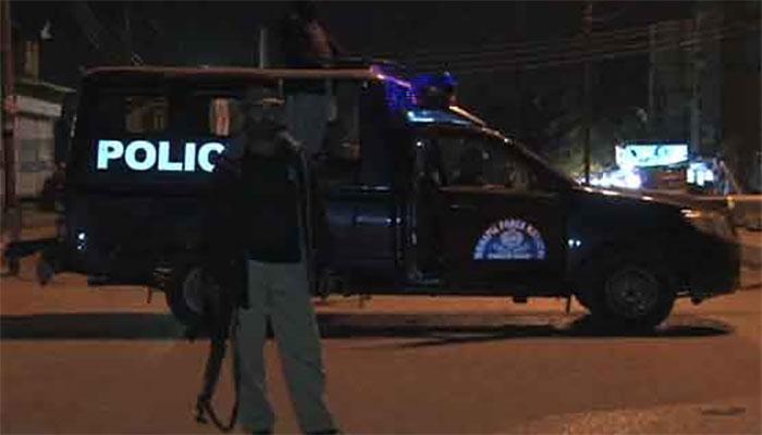 کراچی،پولیس مقابلے میں ڈاکو ہلاک، فائرنگ سے ایک شخص چل بسا