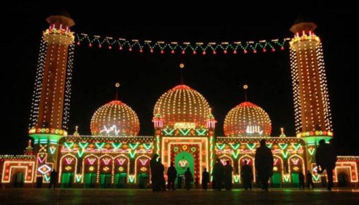 ملک بھر میں شب برأت عقیدت و احترام کے ساتھ منائی گئی